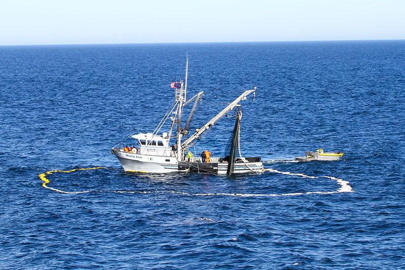 Purse Seine Fishing Boat with net